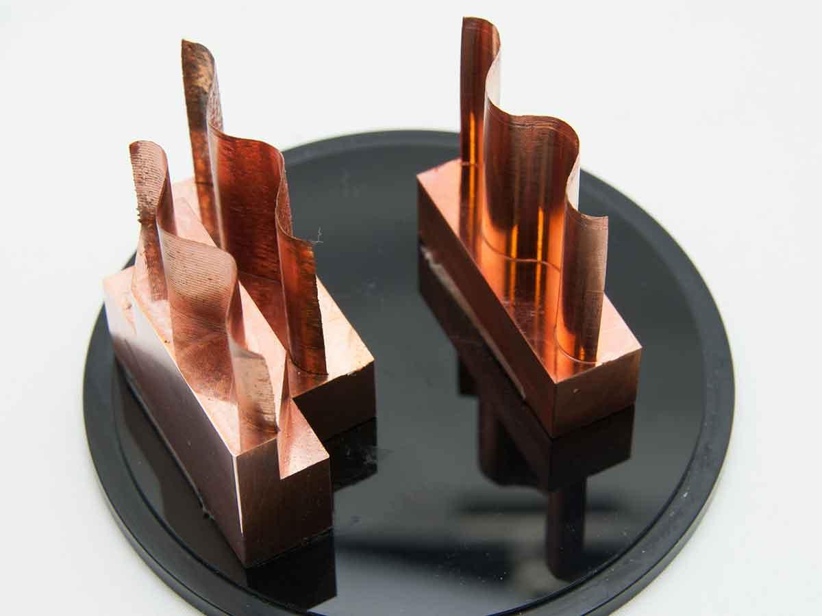 柔らかい銅の薄肉加工